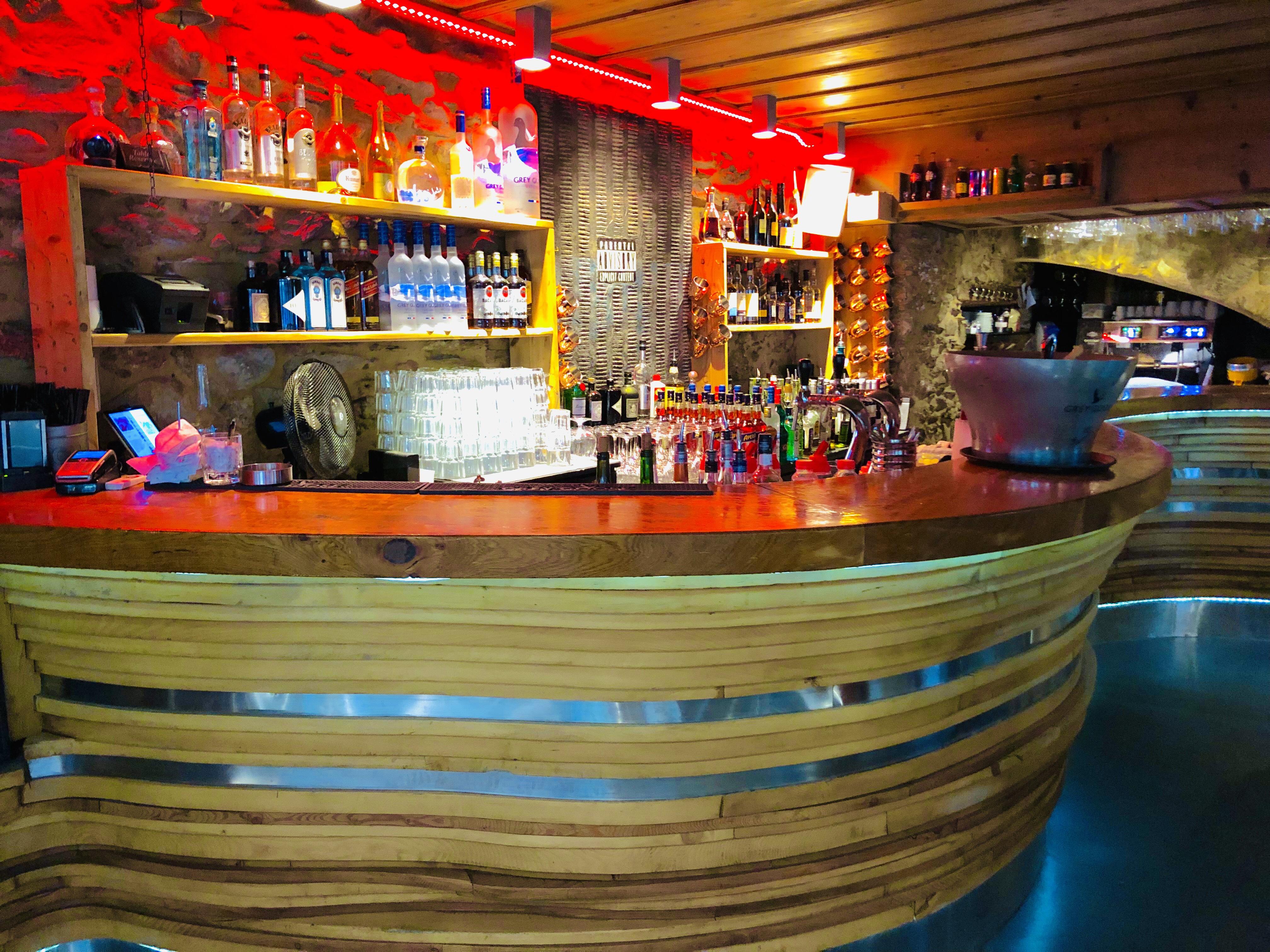 Le Bar S à Megève ·Le Fer à Cheval